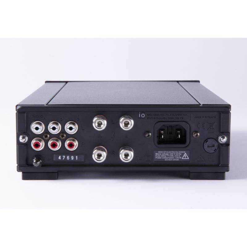 Características Técnicas Rega Amplificador IO