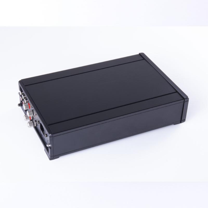 Vista Lateral Rega Amplificador IO